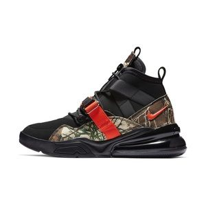 NIKE AIR FORCE 270 Utility Camo REALTREE